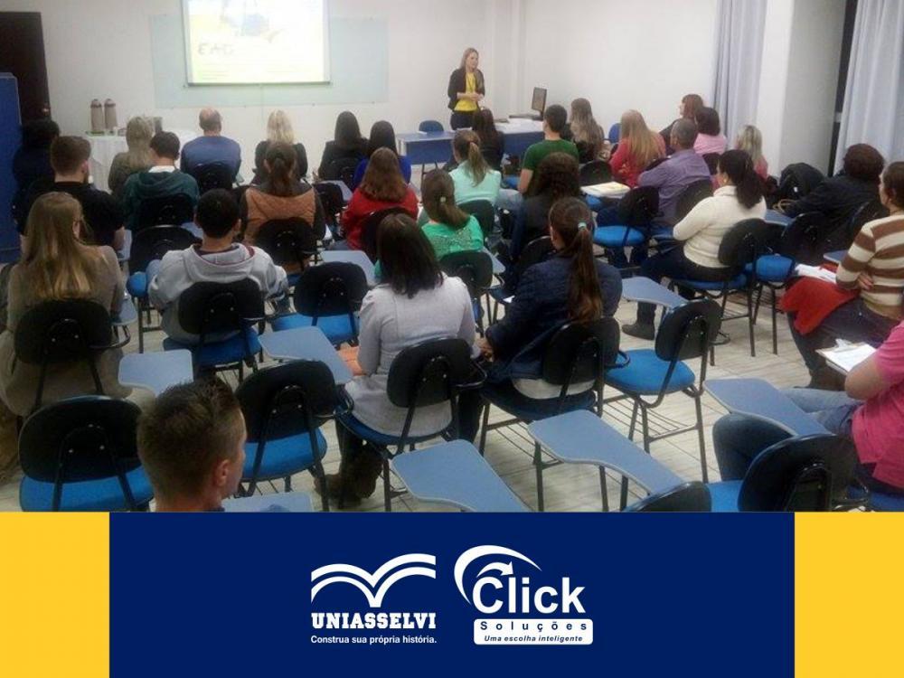 Ontem a Click recebeu os seus novos calouros!